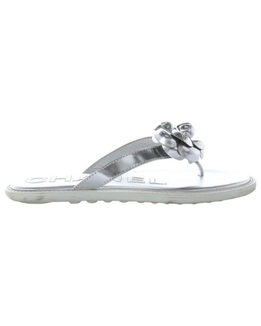 f6e218827c1b6 Chanel - Metallic Pre-owned Silver Leather Sandals - Lyst ...