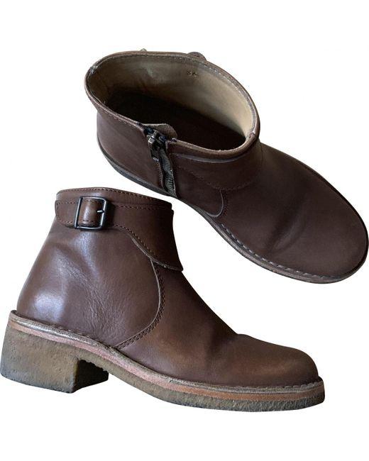 A.P.C. Botas de Cuero de mujer de color marrón