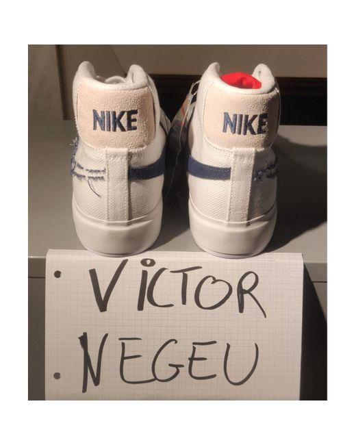 Nike Sneakers Blazer in Tela da donna di colore bianco