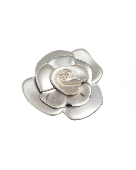 Chanel - Metallic Pre-owned Camélia Pin & Brooche - Lyst