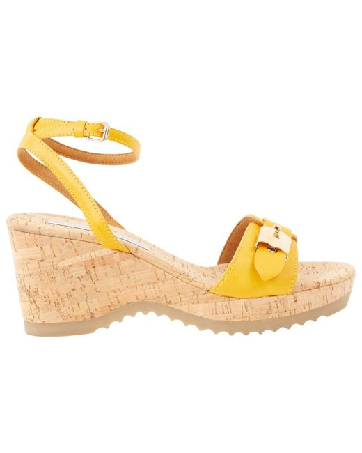 Stella McCartney Pre-owned Yellow Leather Sandals