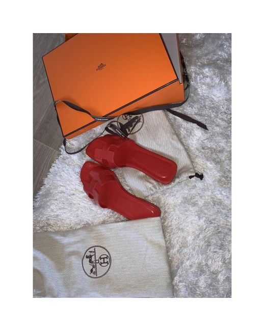 Hermès Women's Oran Patent Leather Mules