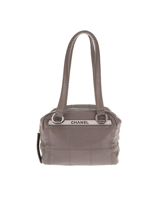 Sac à main en cuir cuir gris Chanel en coloris Gray