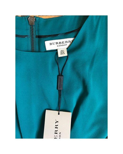Robe mi-longue soie vert Burberry en coloris Green