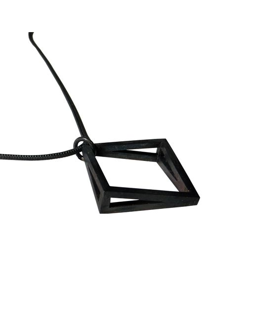 Stephanie Bates | Black Med Oxidised Silver Kite Pendant | Lyst