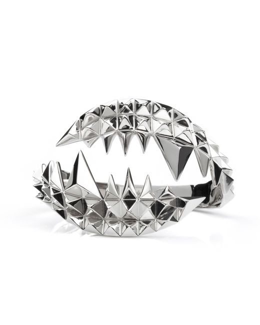 Kasun - Metallic Fang Bangle Silver - Lyst