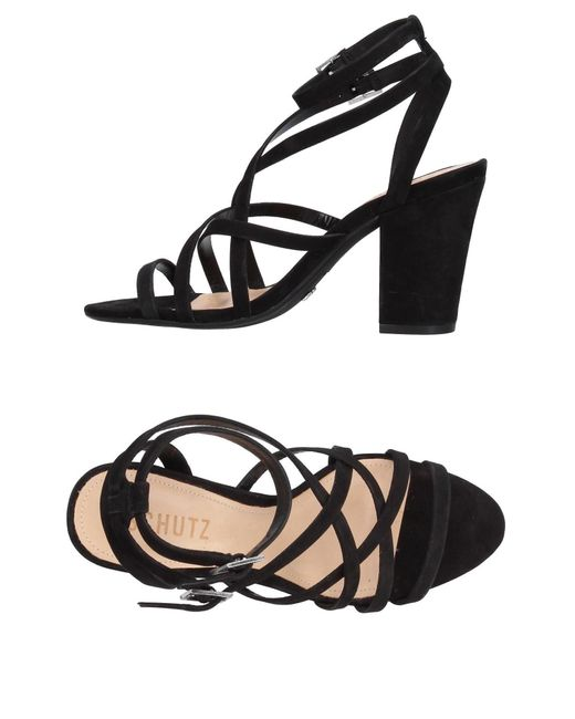 Schutz Black Sandale