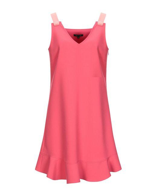 Vestito corto di Tara Jarmon in Pink