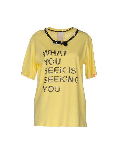 Betty Blue Yellow T-shirt