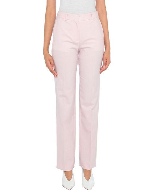Pantalone di Victoria, Victoria Beckham in Pink