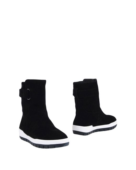 United Nude Black Ankle Boots