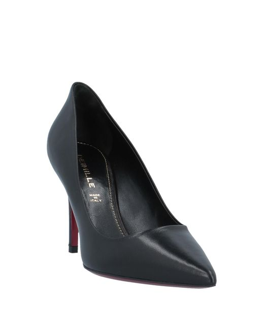 Deimille Black Pumps