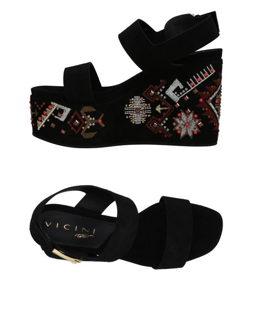 Vicini Tapeet Black Sandals