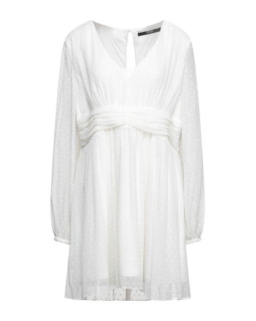 Robe courte Guess en coloris White