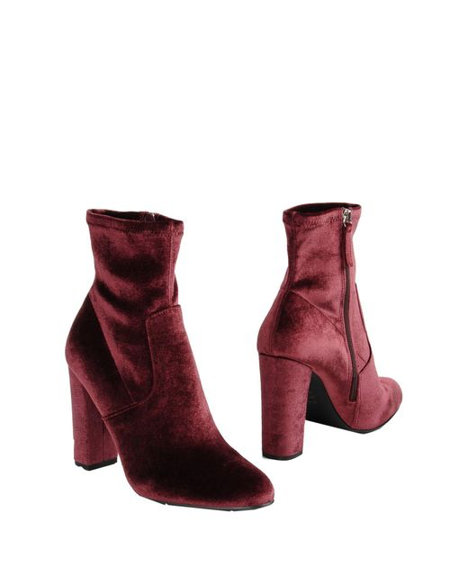 4d75f1bc008 Lyst Steve Madden Ankle Boots In Red