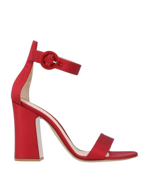Gianvito Rossi Sandalias de mujer de color rojo