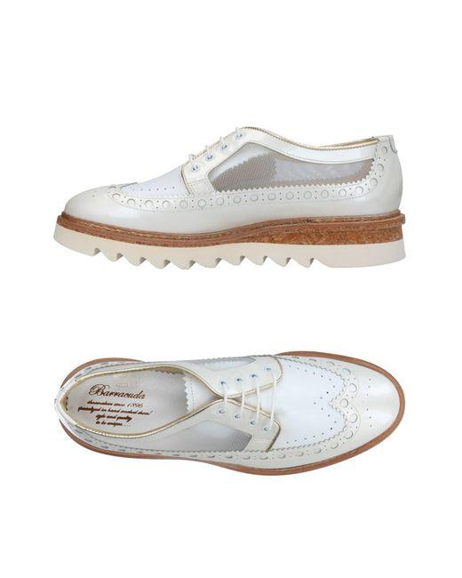 Lyst - Chaussures à lacets Barracuda en coloris Blanc f7982d32c4f3