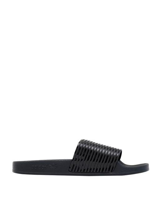 adidas Originals Sandalias de mujer de color negro