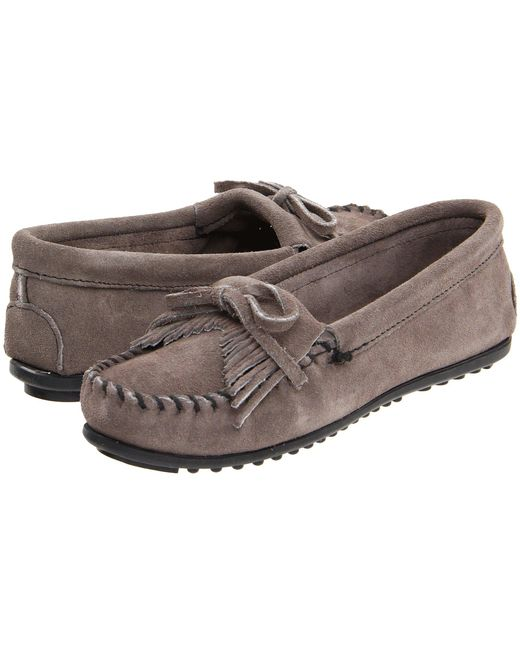 Minnetonka - Gray Kilty Suede Moc (hardsole Navy Suede) Women's Moccasin Shoes - Lyst