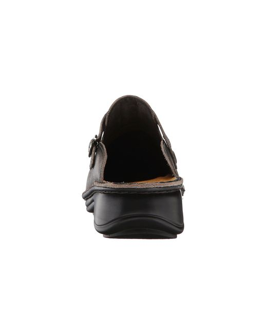Rock A Gray Hat And Leather Jacket For Fall: Naot Aster (vintage Gray Leather) Women's Clog/mule