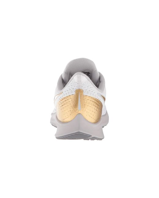 f399dc1639373 ... Nike - Gray Air Zoom Pegasus 35 Premium (vast Grey metallic Platinum  atmosphere ...