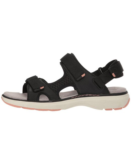 9cecba9f5f6 Lyst - Clarks Un Roam Step (black Leather) Women s Sandals in Black