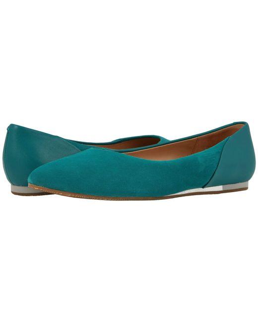 29cee2c5963 Softwalk® - Green Sava X Lea (sand) Women s Flat Shoes - Lyst ...