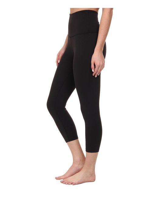 Beyond yoga High Waist Capri Leggings in Black | Lyst
