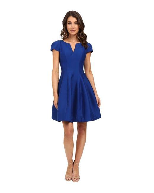 Halston Heritage | White Short Sleeve Notch Neck Dress With Tulip Skirt | Lyst