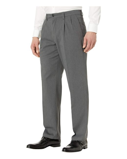 Dockers Black Easy Khaki D3 Classic Fit Pleated Pants for men