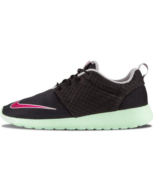 Nike Men's Black Rosherun Fb