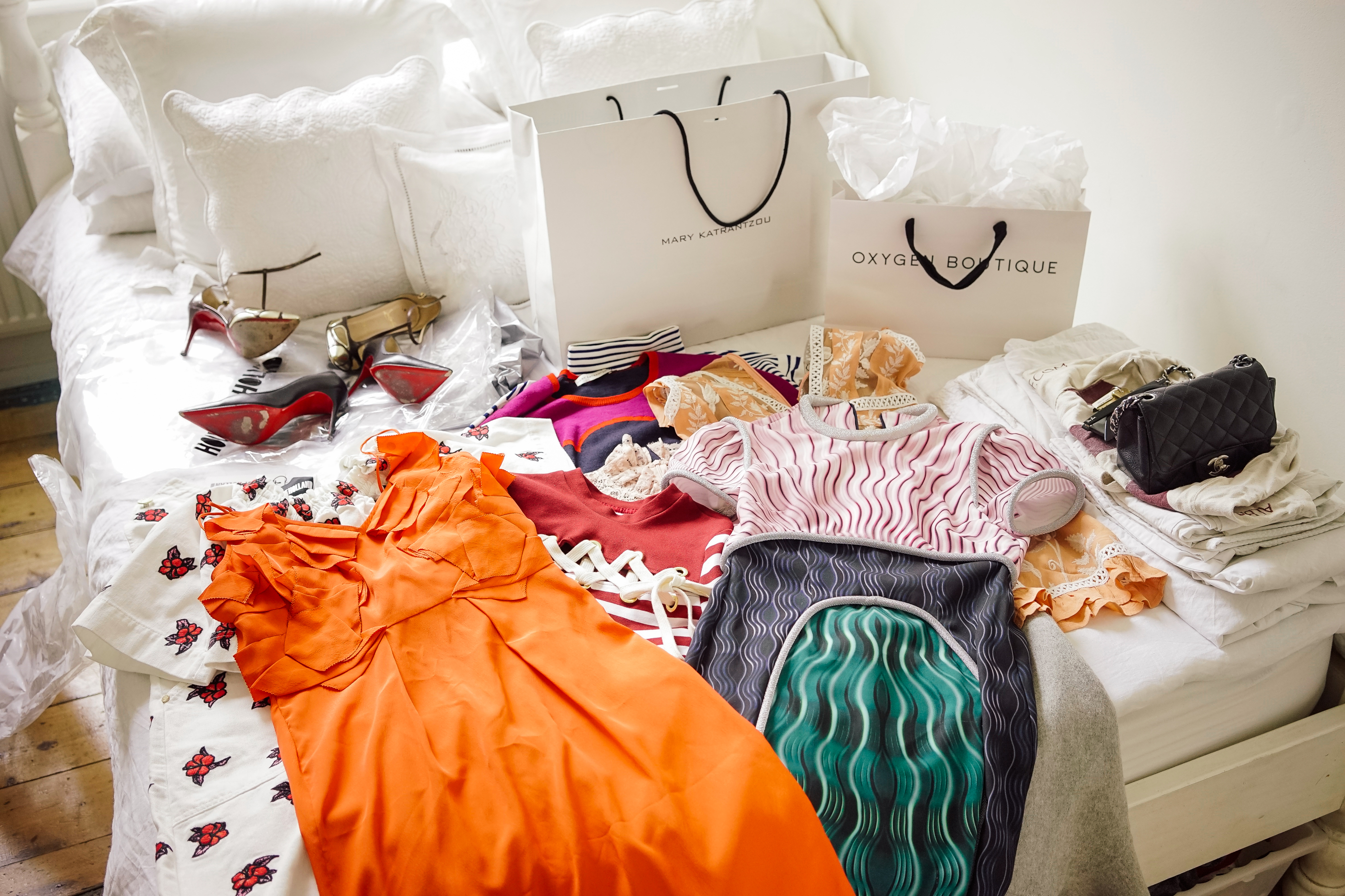 Online shopping can wreak havoc on your cashflow
