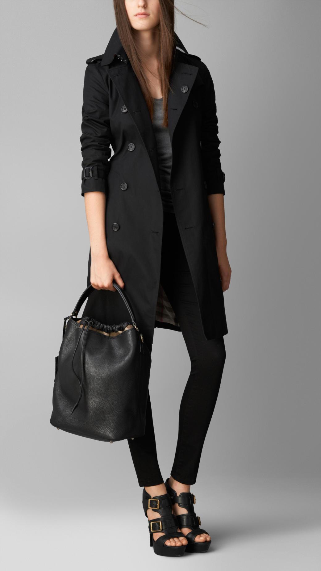 Lyst burberry the medium ashby leather hobo in black jpg 1040x1849 Burberry  ashby medium bcef003e50c46