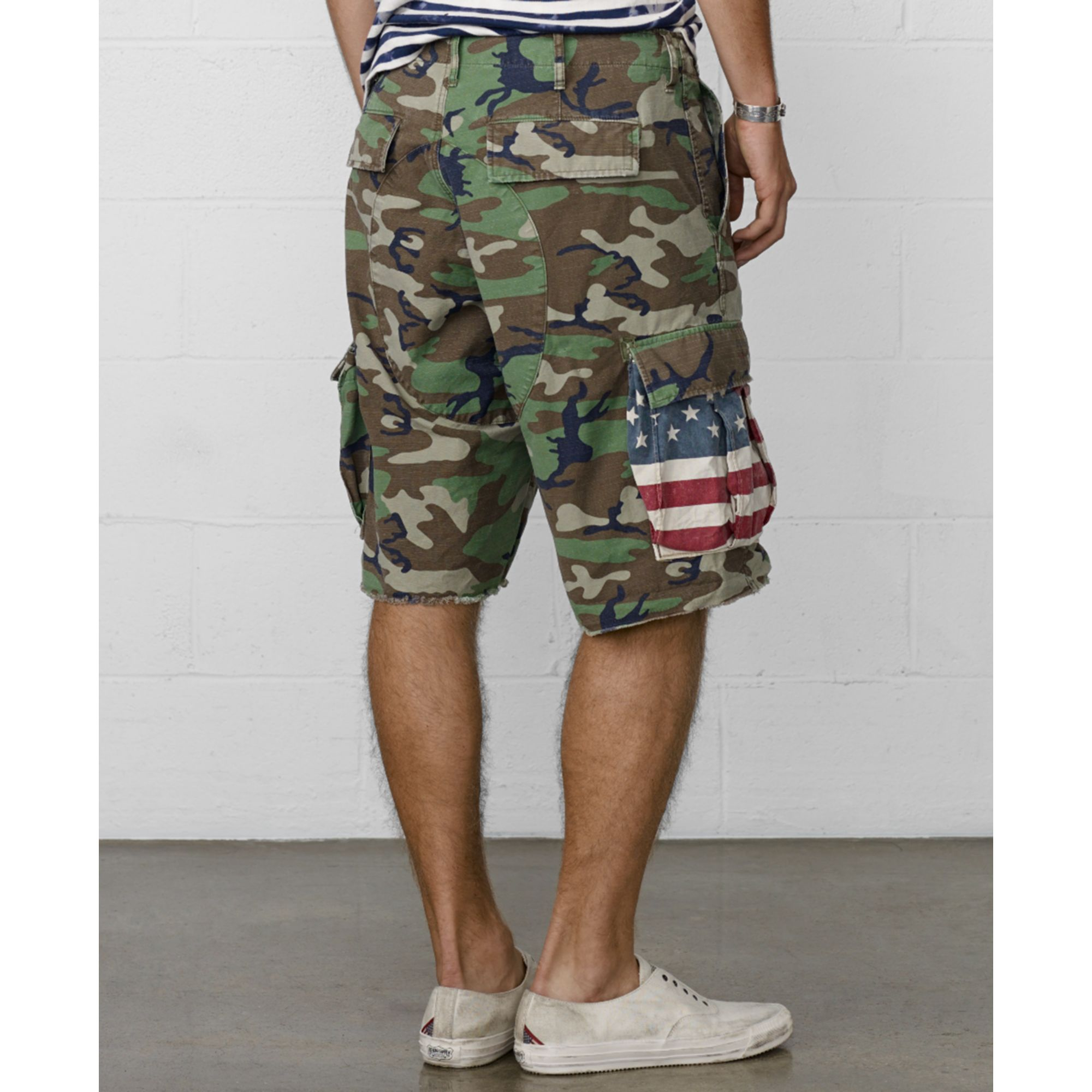 Sears has young men's shorts in a variety of styles. Shop for young men's cargo shorts and other popular styles at Sears.
