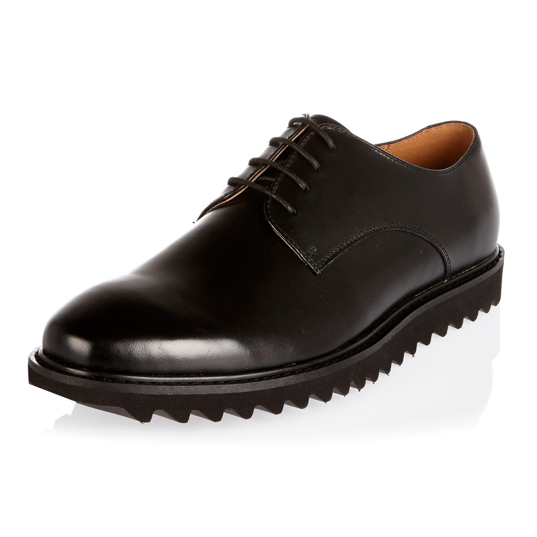 River Iland Black Shoes Men