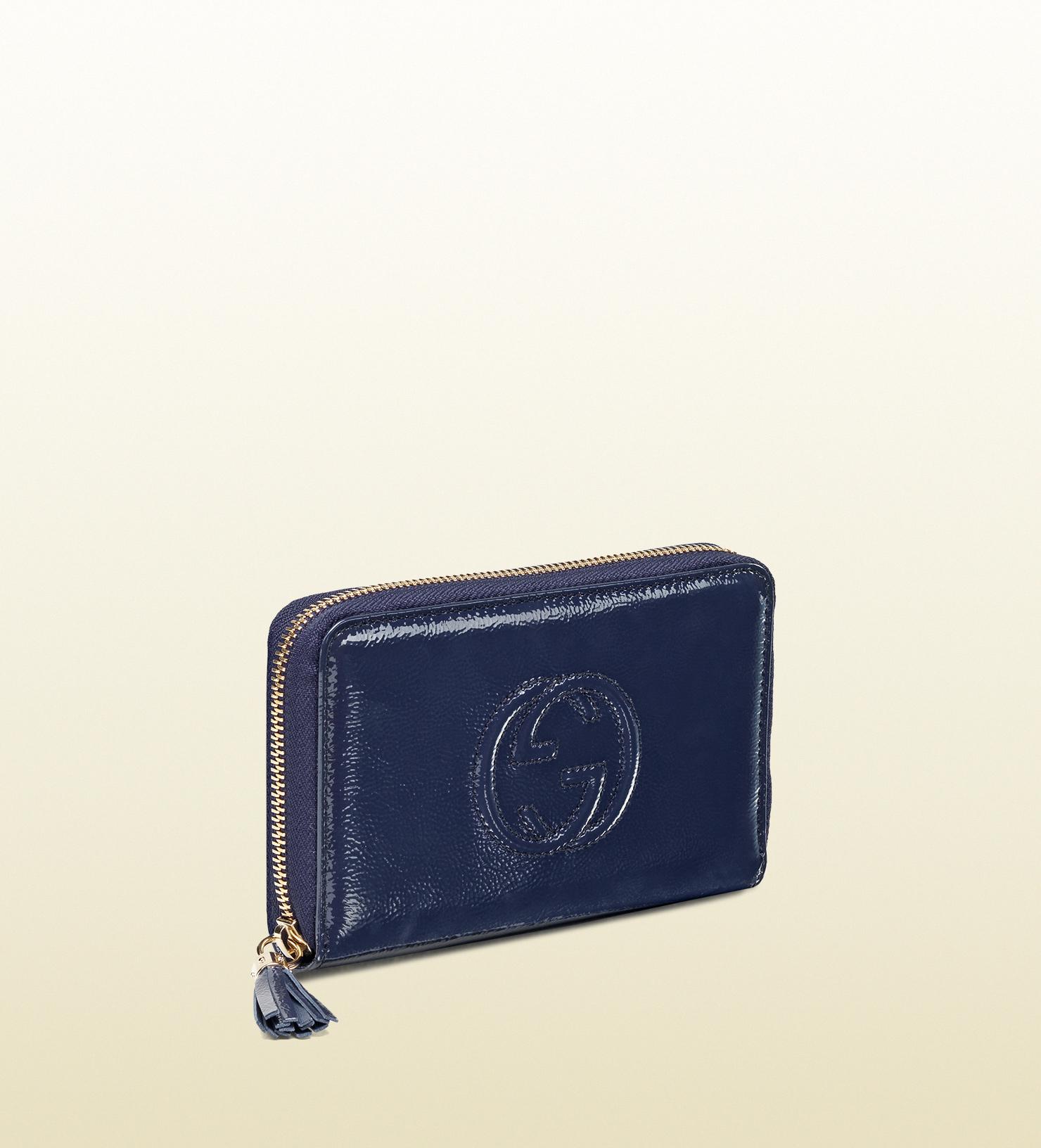 c6f450fd071 Lyst - Gucci Soho Blue Soft Patent Leather Medium Zip Around Wallet ...