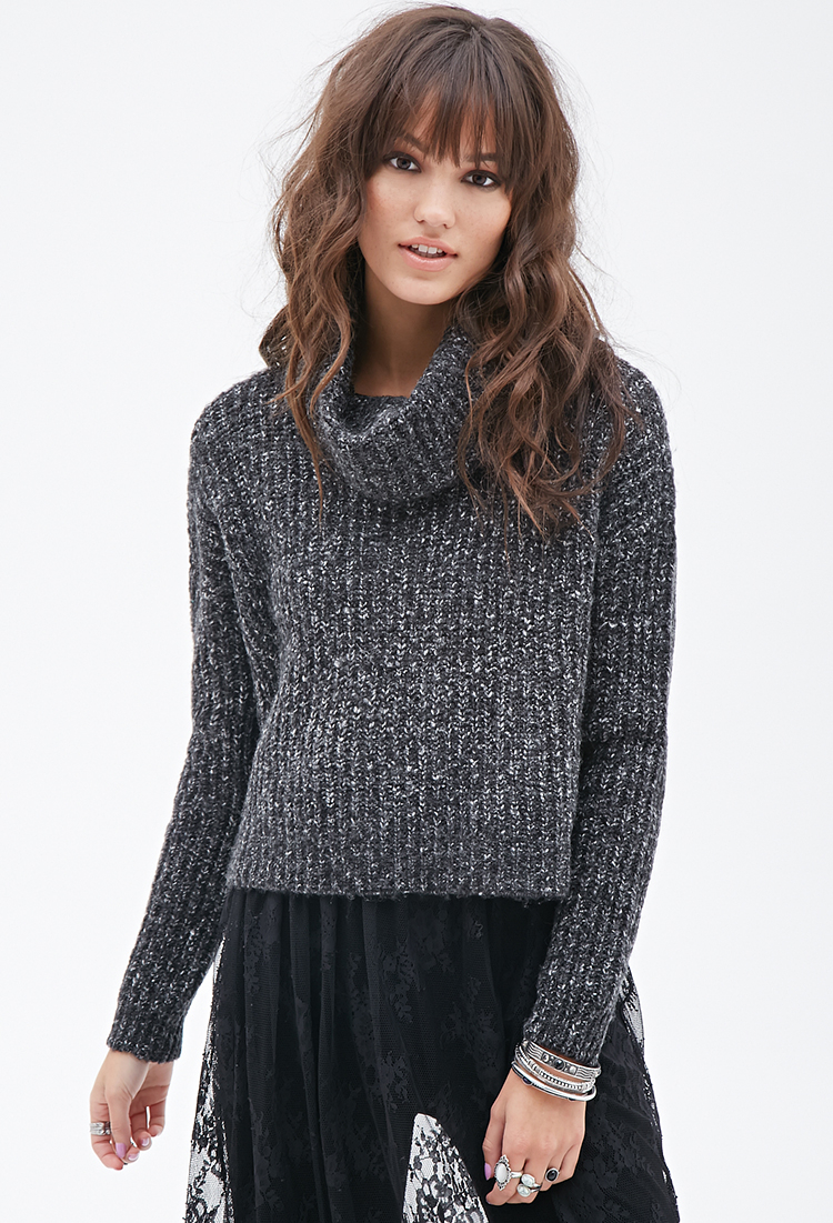 Forever 21 Boxy Turtleneck Sweater in Black | Lyst
