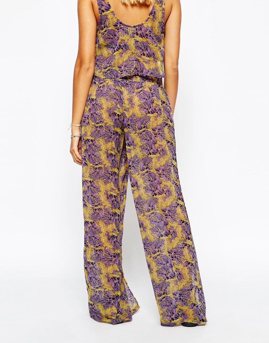 3199e5dd1c86 Lyst - ASOS Feather Print Wide Leg Beach Trouser Co-ord in Purple
