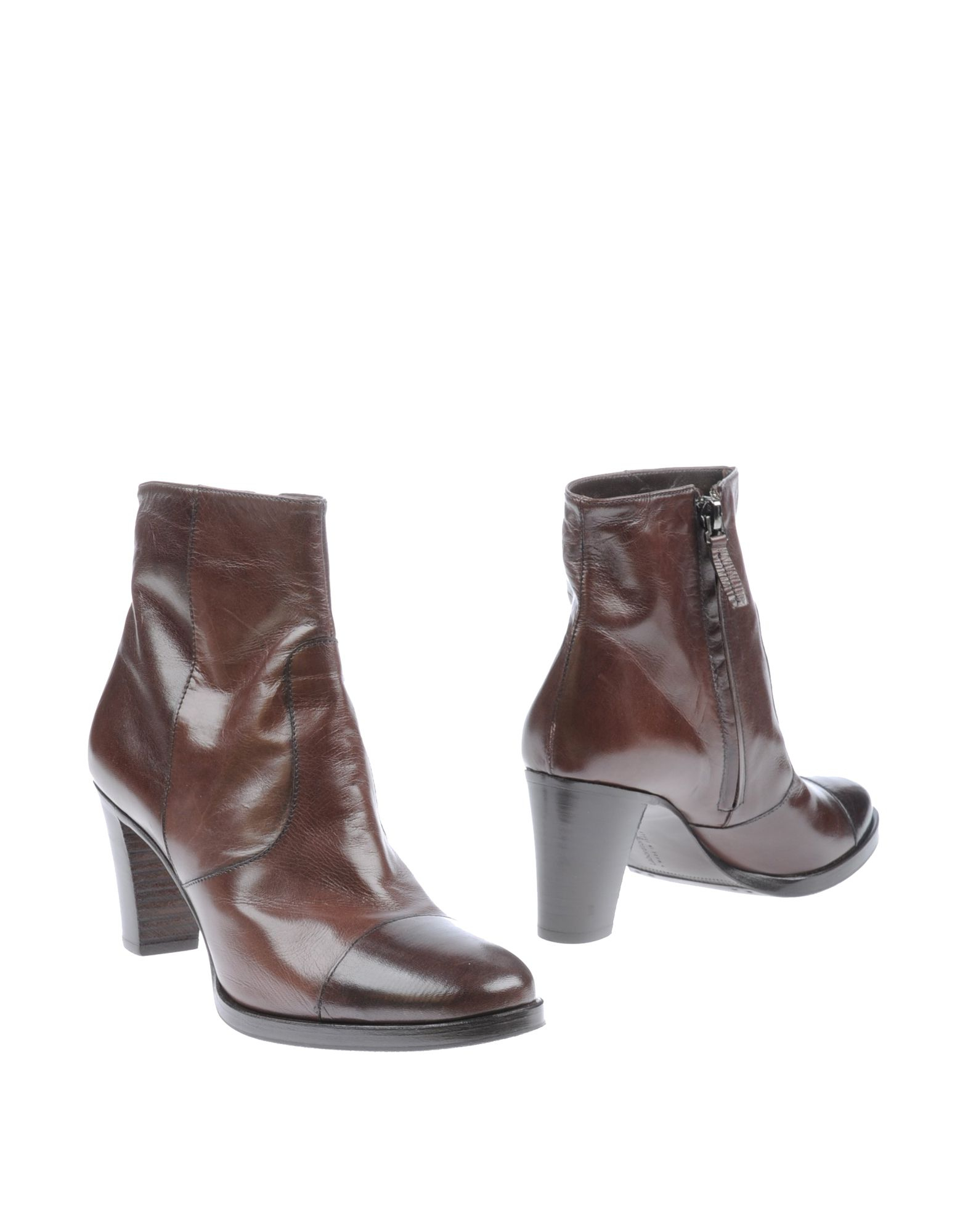 ugg zea ankle boots brown