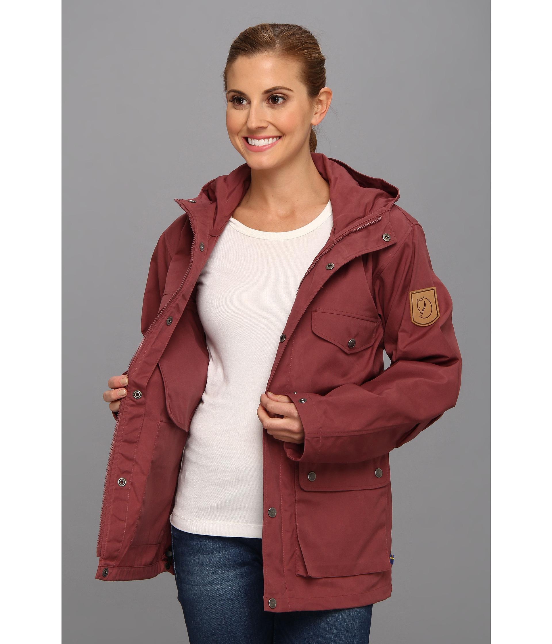 wholesale dealer 43d88 86896 Fjallraven Greenland Jacket in Red - Lyst