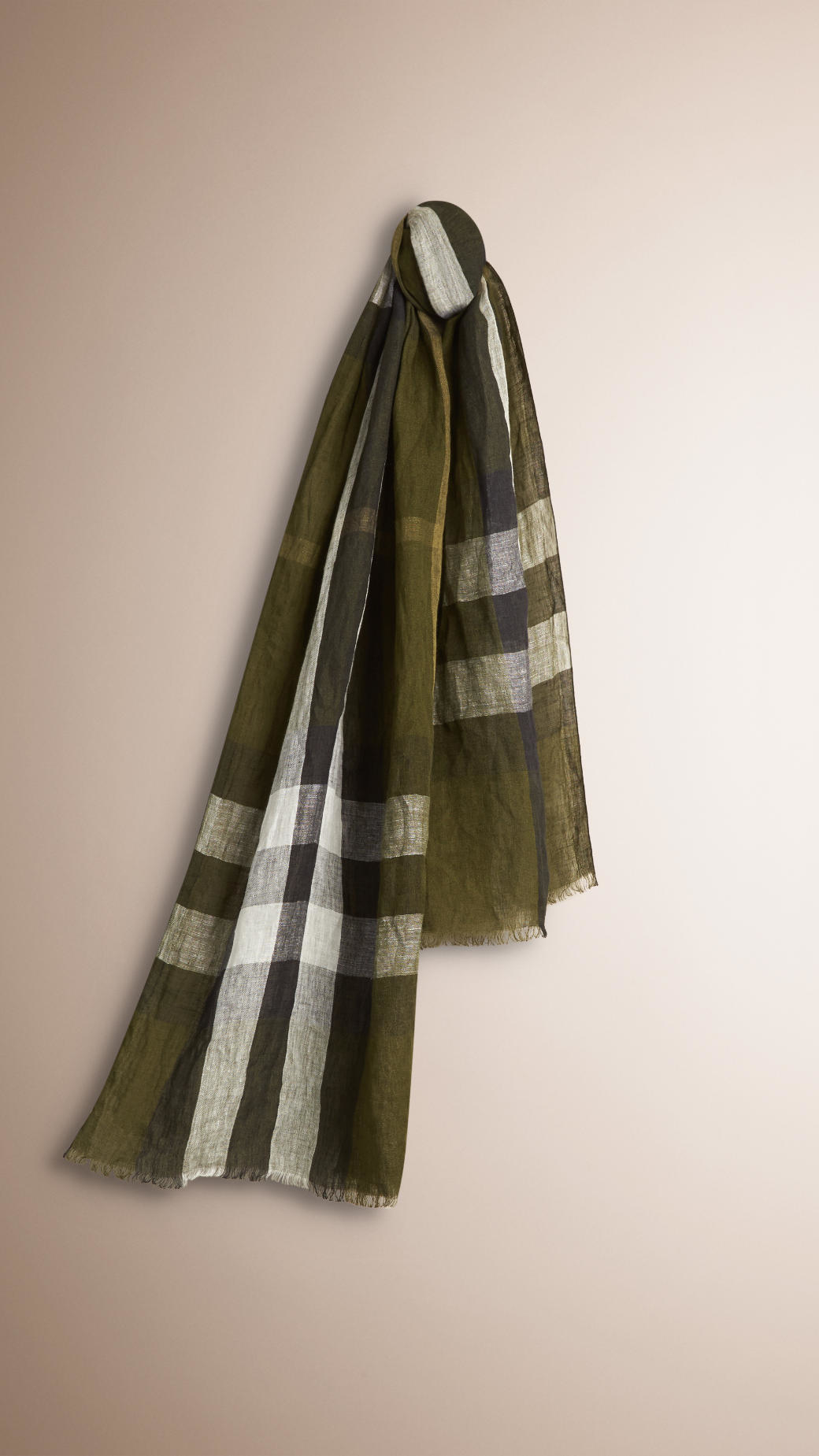 burberry check crinkled linen scarf in white for