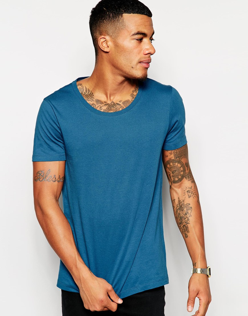 Shop men's scoop neck fitness shirts from DICK'S Sporting Goods today. If you find a lower price on men's scoop neck fitness shirts somewhere else, we'll match it with our Best Price Guarantee! Check out customer reviews on men's scoop neck fitness shirts and save big on a variety of products. Plus, ScoreCard members earn points on every purchase.