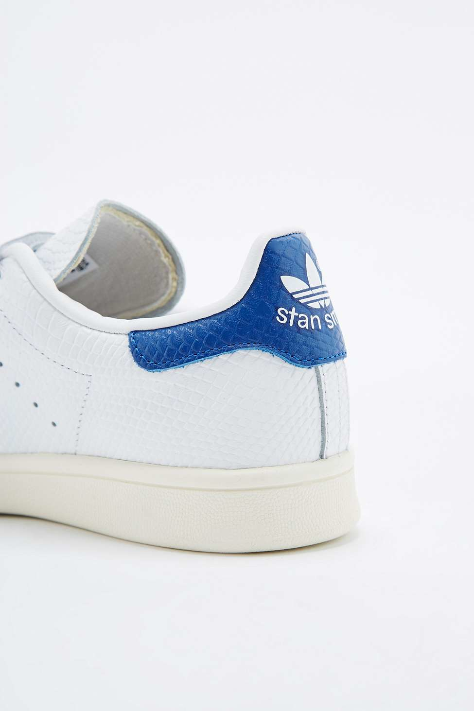 adidas originals stan smith white blue velcro trainers in white lyst. Black Bedroom Furniture Sets. Home Design Ideas