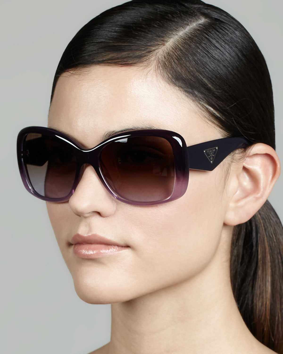 84db66fcbfcf Lyst - Prada Heritage Logo Square Sunglasses in Purple