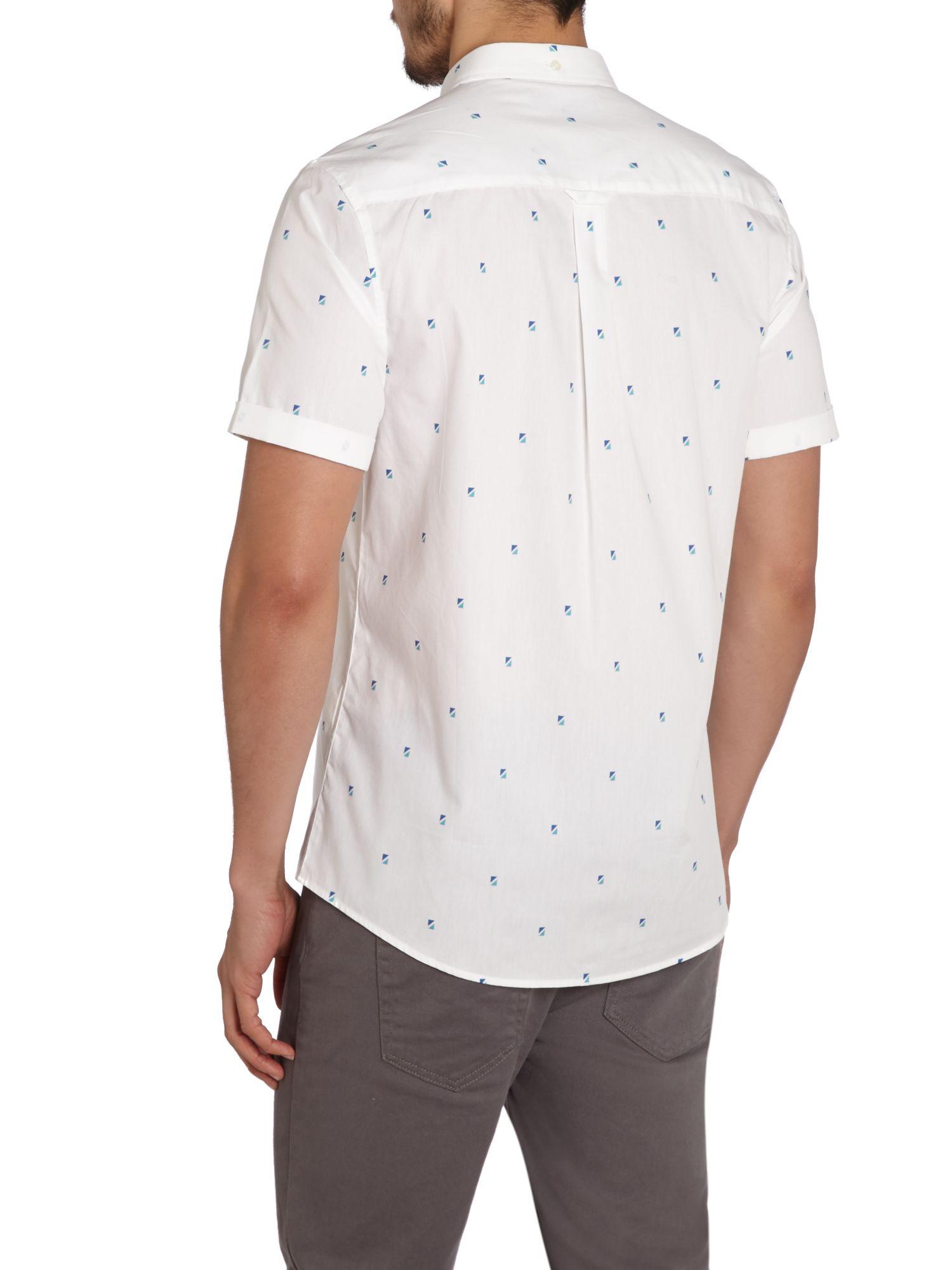 Lyle Scott Polka Dot Classic Fit Short Sleeve Shirt In