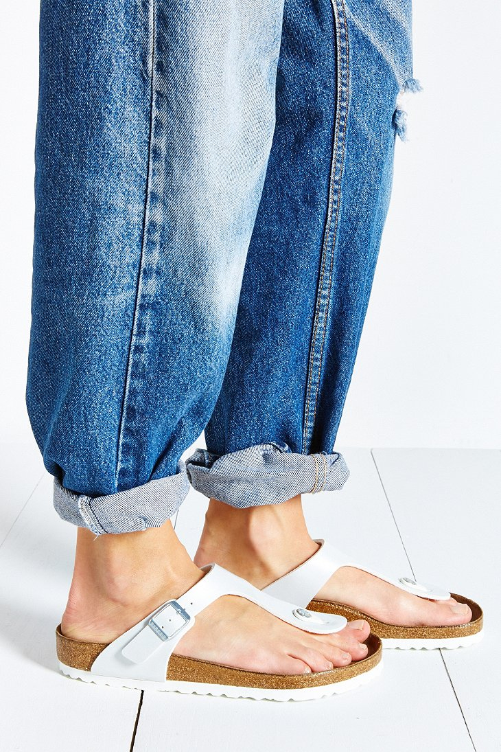 95ccf368ffce Gallery. Previously sold at  Urban Outfitters · Women s Birkenstock Gizeh  ...