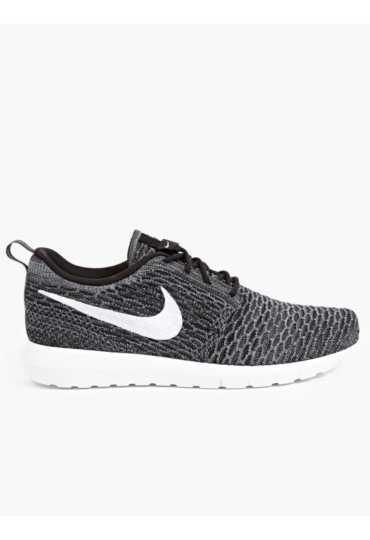 Nike Men'S Flyknit Roshe Run Sneakers in Black for Men   Lyst