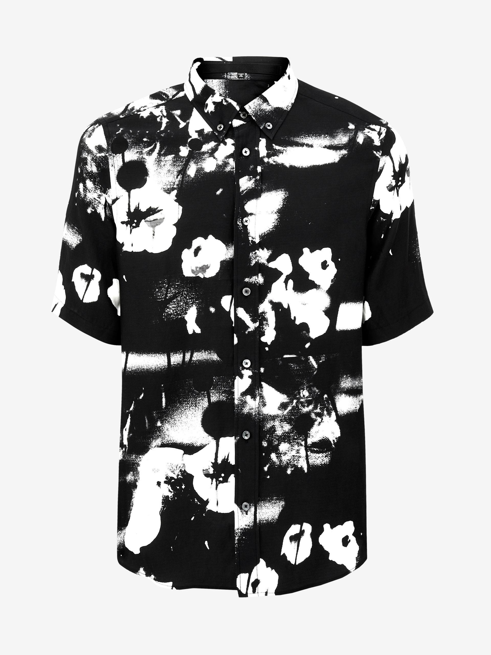 Mcq floral print l s shirt in black for men lyst for Mens white floral shirt