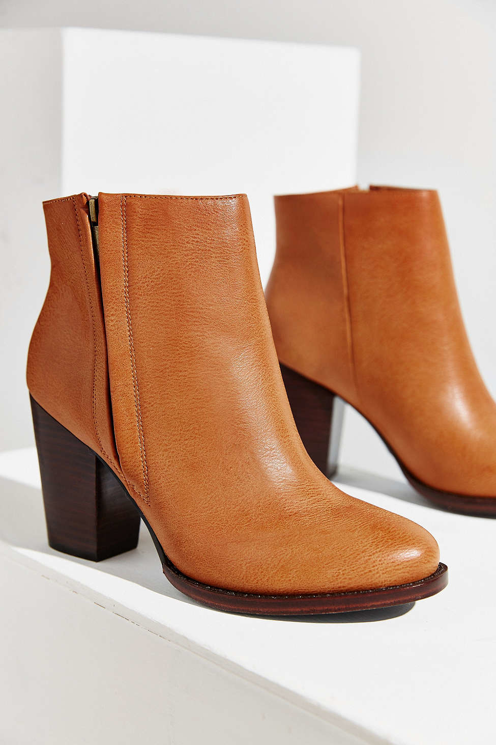 Silence   noise Half-stacked Heeled Ankle Boot in Brown | Lyst