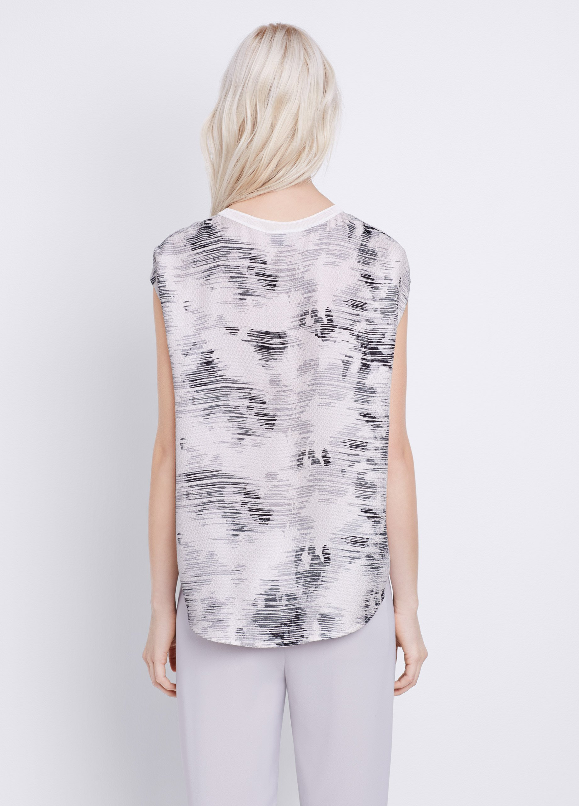 Lyst Vince Silk Marble Jacquard Top In White